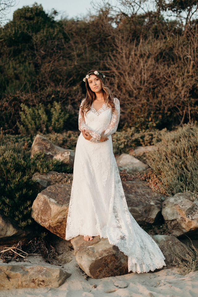 Relaxed and Elegant Real Love and Lace Bride Krystal | Jaicee Morgan Photography | www.loveandlacebridalsalon.com/blog